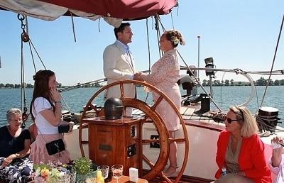 Trouwen op een zeilschip